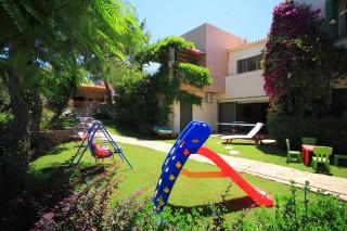 facilities villa christina playground