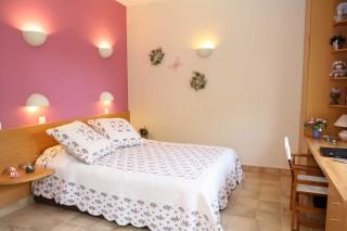 villa christina double bedroom