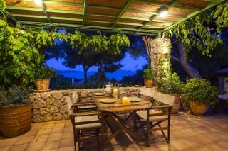 villa christina garden dining table