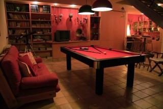 villa christina pool table